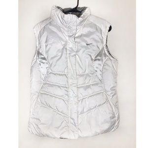 Nike reversible White & Gray Puffer Vest / Large